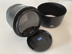 Zeiss Batis 85mm Review: Ultimate Bokeh Lens with Sample Images